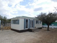Fantastic mobile home with end lounge (15)
