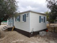 Fantastic mobile home with end lounge (28)