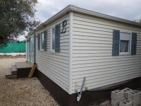 Fantastic mobile home with end lounge (32)