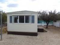 Fantastic mobile home with end lounge (19)