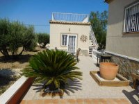 Stunning detached villa with pool, in Catral (6)