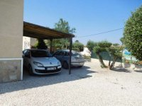 Stunning detached villa with pool, in Catral (16)