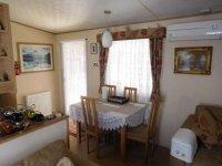 Amazing 2 bed ABI Derwent Mobile Home on established plot (20)