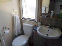 Amazing 2 bed ABI Derwent Mobile Home on established plot (24)