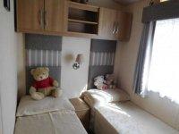 Amazing 2 bed ABI Derwent Mobile Home on established plot (26)