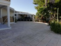 VILLA WITH WAREHOUSE FOR SALE IN CATRAL (5)