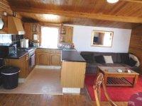 Log cabin for long term rental (7)
