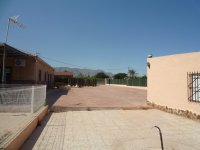 VILLA FOR SALE IN CREVILLENTE (16)