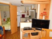 Lake Pedrera View mobile home for sale. (10)