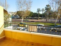 Fantastic 3/4 bed townhouse in Catral overlooking the park (11)