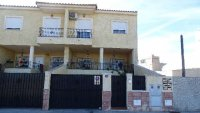 Town house in Catral with communal swimming pool (0)