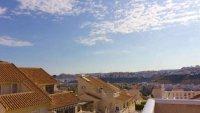 5 bedroom, 3 bathroom semi detached villa in marquesa golf, Quesada (3)