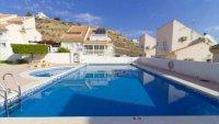 5 bedroom, 3 bathroom semi detached villa in marquesa golf, Quesada (1)