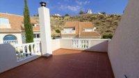 5 bedroom, 3 bathroom semi detached villa in marquesa golf, Quesada (11)
