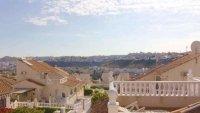 5 bedroom, 3 bathroom semi detached villa in marquesa golf, Quesada (13)