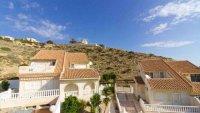 5 bedroom, 3 bathroom semi detached villa in marquesa golf, Quesada (14)
