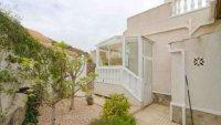 5 bedroom, 3 bathroom semi detached villa in marquesa golf, Quesada (41)