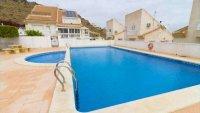 5 bedroom, 3 bathroom semi detached villa in marquesa golf, Quesada (46)