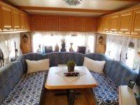 Hobby Landhaus caraven with large awning (17)