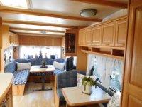 Hobby Landhaus caraven with large awning (26)