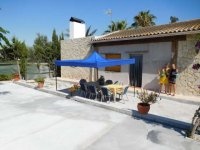 Country property on the outskirts of catral for rent. (4)
