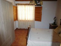 Country property on the outskirts of catral for rent. (9)