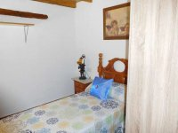 Country property on the outskirts of catral for rent. (32)