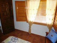 Country property on the outskirts of catral for rent. (34)