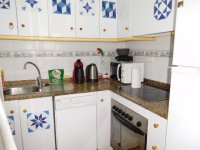 2 bedroom apartment in the centre of Torrevieja for long term rental (4)