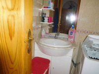 2 bedroom apartment in the centre of Torrevieja for long term rental (10)