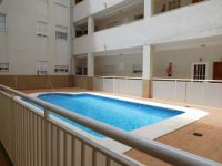 2 bedroom apartment in the centre of Torrevieja for long term rental (21)