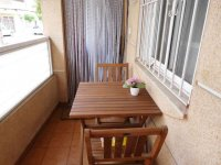 2 bedroom apartment in the centre of Torrevieja for long term rental (23)