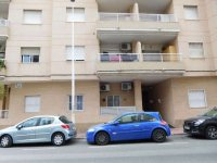 2 bedroom apartment in the centre of Torrevieja for long term rental (27)