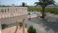 3 bedroom Villa with shared swimming pool (6)