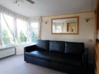 Great Willerby Aspen, peaceful location, bar and pool on site (7)