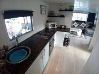 Fully renovated mobile home by the sea for sale. (20)