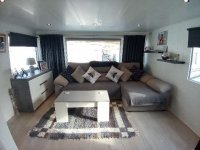 Fully renovated mobile home by the sea for sale. (0)