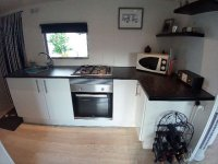 Fully renovated mobile home by the sea for sale. (8)