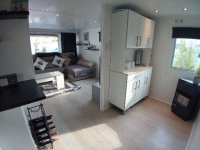 Fully renovated mobile home by the sea for sale. (6)