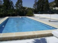 2 bed mobile home with communal pool and bar  (15)