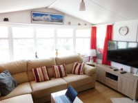 Fantastic Willerby Granada with communal pool and bar (14)