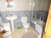 Great 2 bed apartment in Catral, walking distance to facilities. (12)