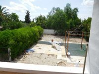 1 bed 1 bath apartment with outside space and communal pool (14)