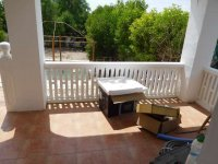 1 bed 1 bath apartment with outside space and communal pool (20)