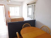 1 bed 1 bath apartment with outside space and communal pool (4)