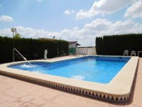 1 bed 1 bath apartment with outside space and communal pool (28)