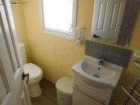 Great 2 bed Consalt Fairway Super 32 with communal pool (21)