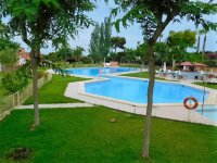 Great 2 bed Consalt Fairway Super 32 with communal pool (39)