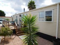 Willerby Peppy 2 excellent condition, on residential site (2)