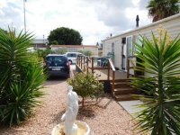 Willerby Peppy 2 excellent condition, on residential site (16)
